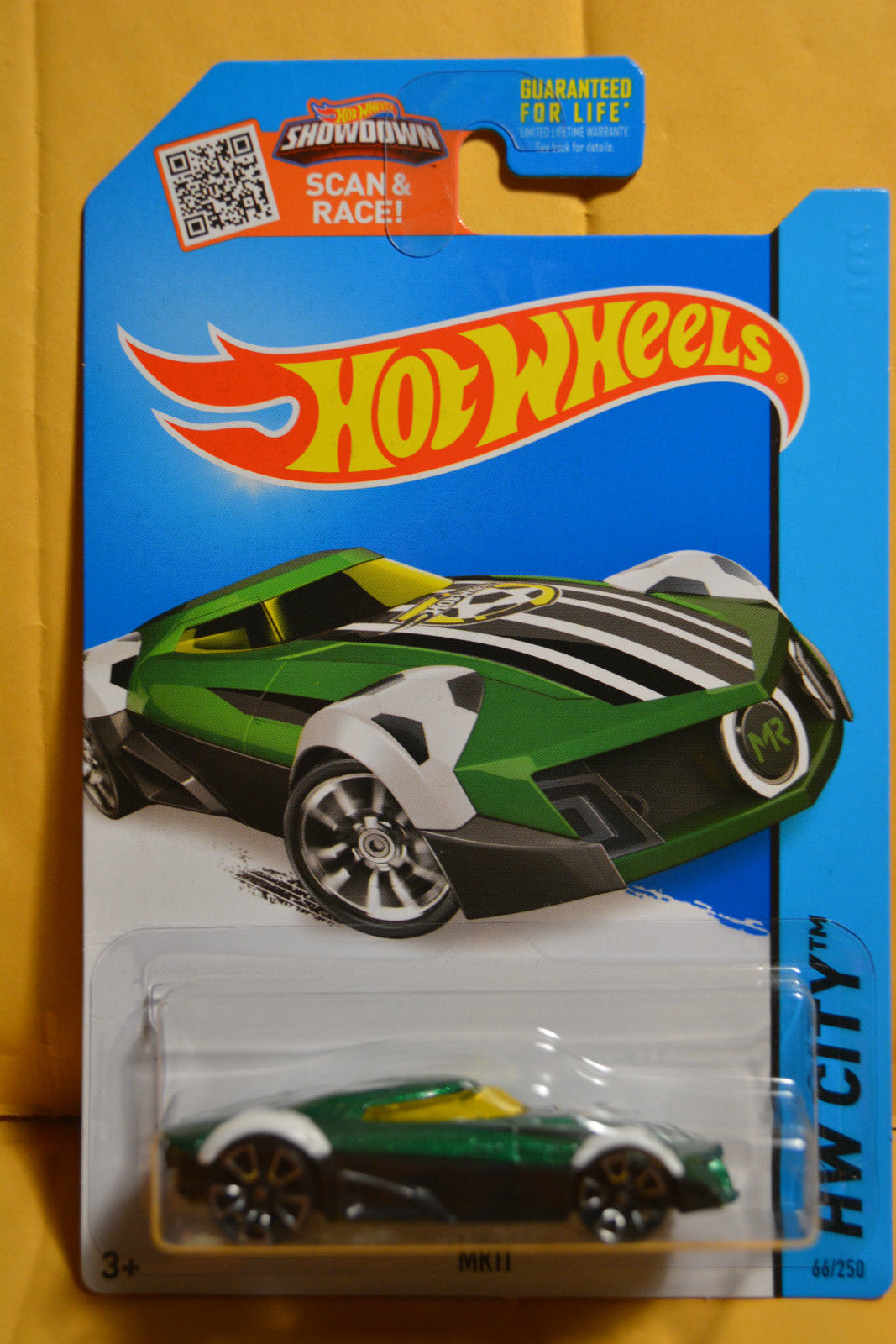 2015 066 - Hall\'s Guide for Hot Wheels Collectors